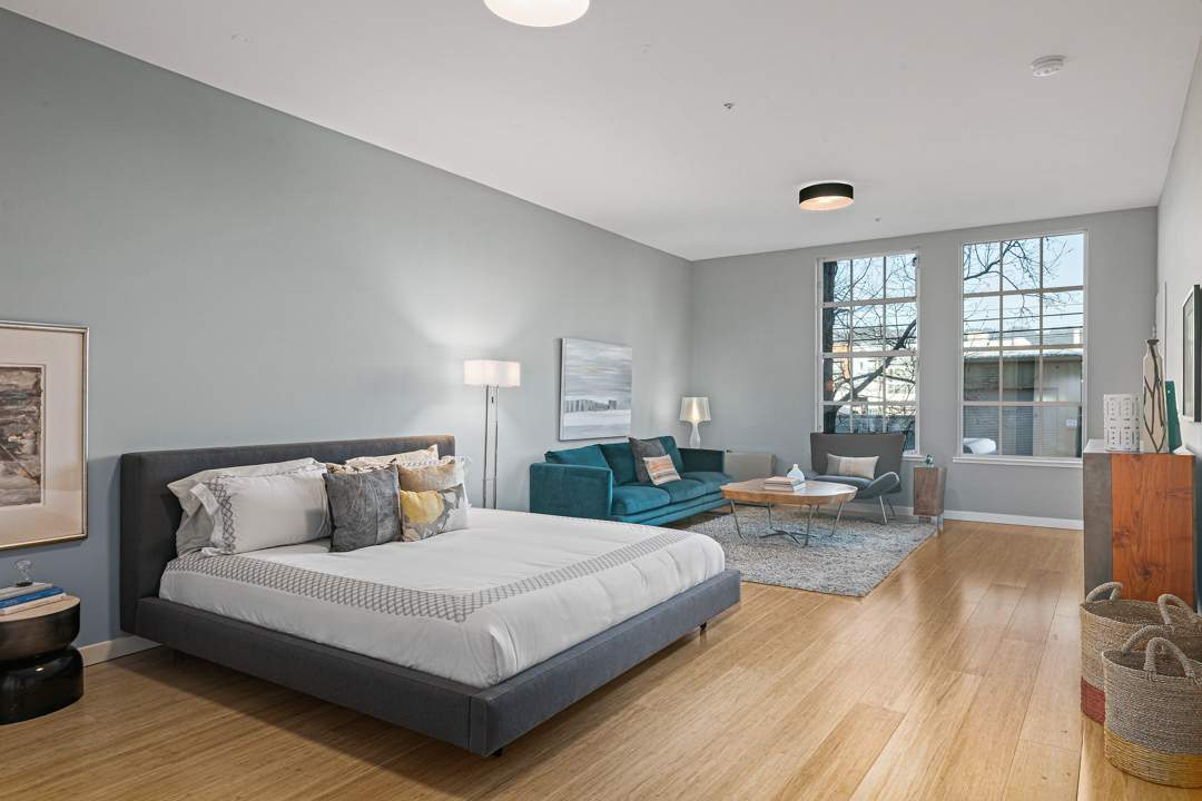 2-berkeley-west-berkeley-4th-street-9th-2712-unit-5-live-work-loft-bedroom-03