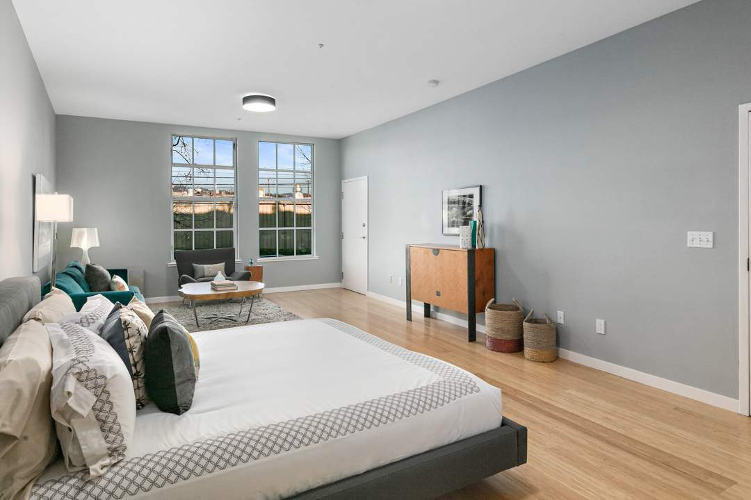 2-berkeley-west-berkeley-4th-street-9th-2712-unit-5-live-work-loft-bedroom-05