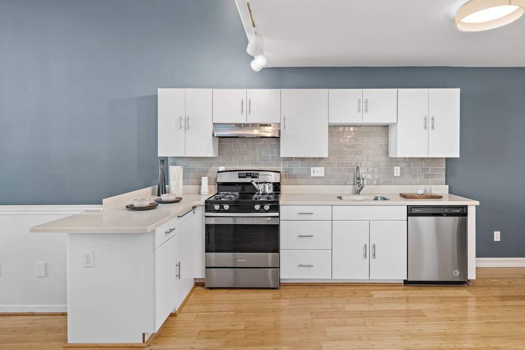 3-berkeley-west-berkeley-4th-street-9th-2712-unit-5-live-work-loft-living-07
