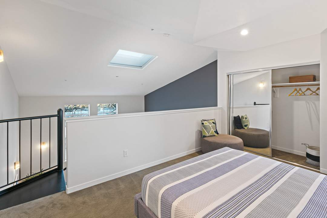 4-berkeley-west-berkeley-4th-street-9th-2712-unit-5-live-work-loft-loft-3