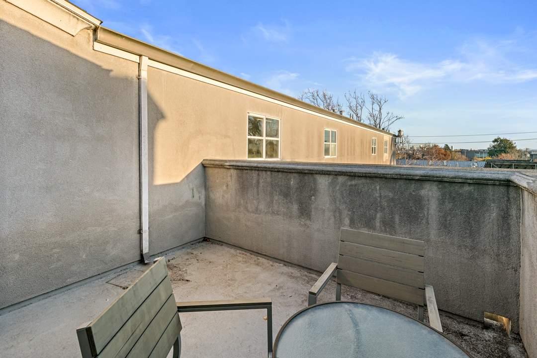 5-berkeley-west-berkeley-4th-street-9th-2712-unit-5-live-work-loft-deck-1