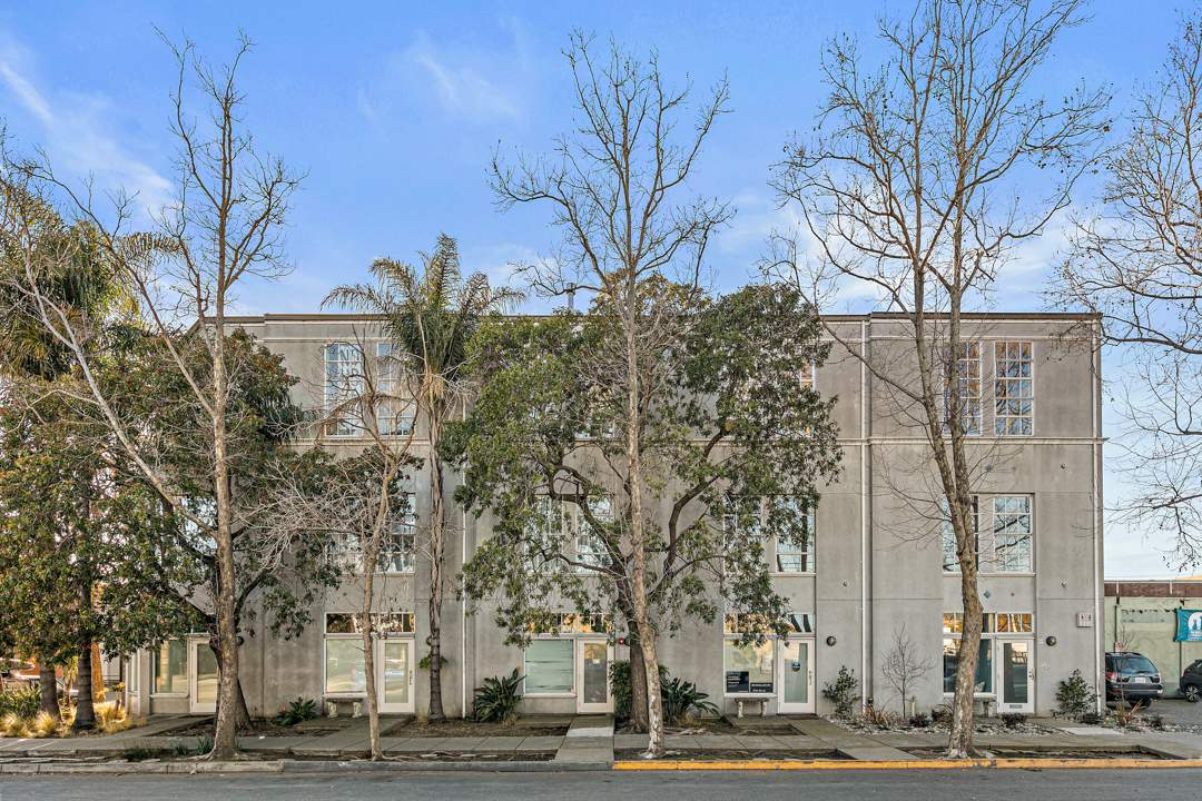6-berkeley-west-berkeley-4th-street-9th-2712-unit-5-live-work-loft-exterior-courtyard-1