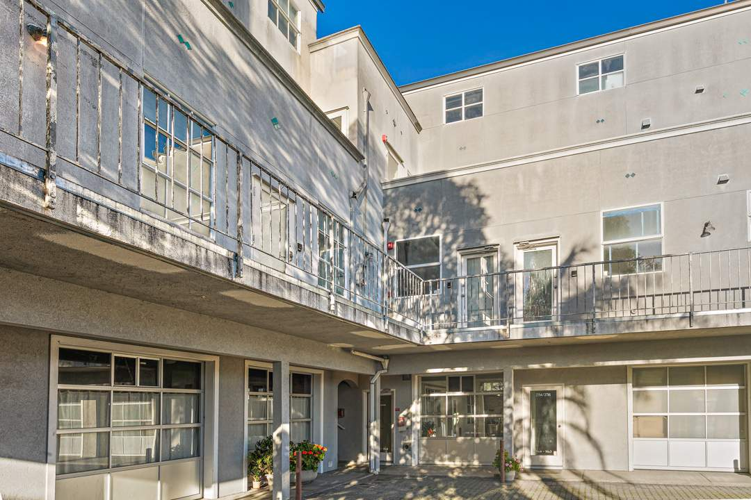 6-berkeley-west-berkeley-4th-street-9th-2712-unit-5-live-work-loft-exterior-courtyard-2