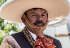 event-4th-of-july-alameda-2013-horse-riders-02-2