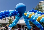 event-4th-of-july-alameda-2013-octopus-balloon-1