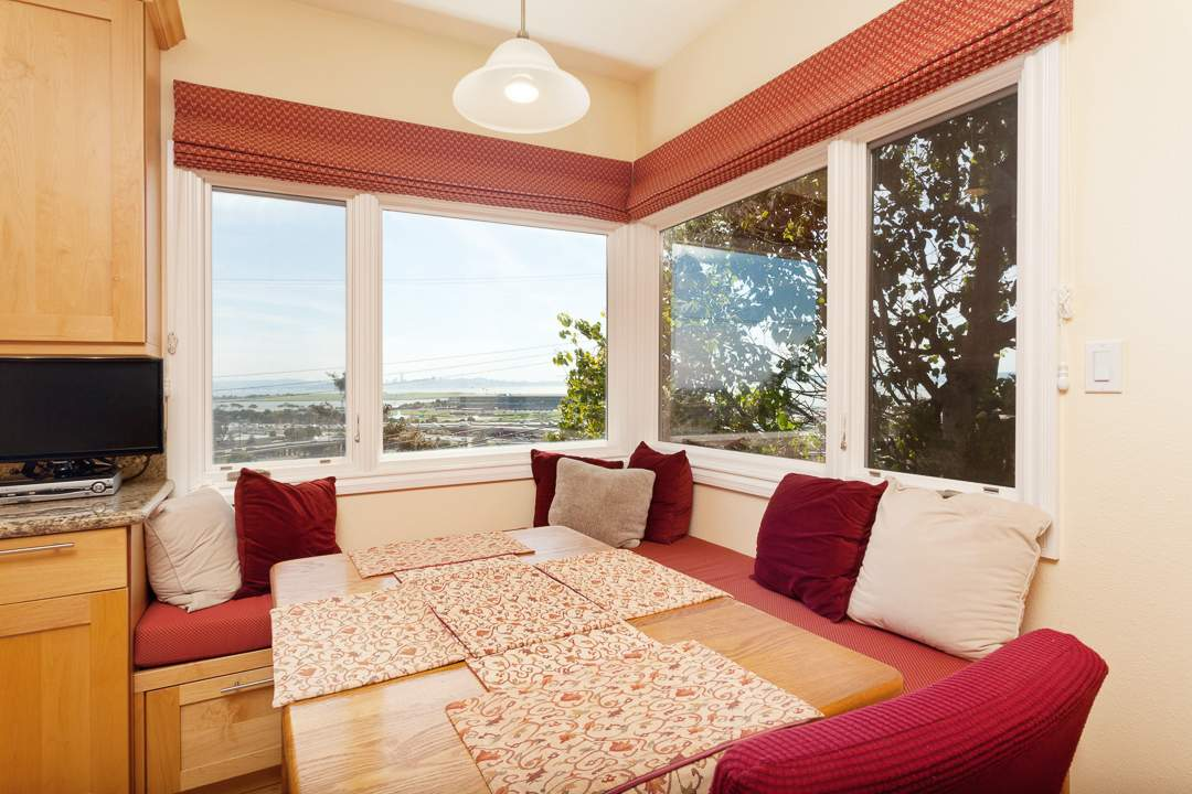 3-gateview-765-ca-albany-hill-kitchen-family-room-4