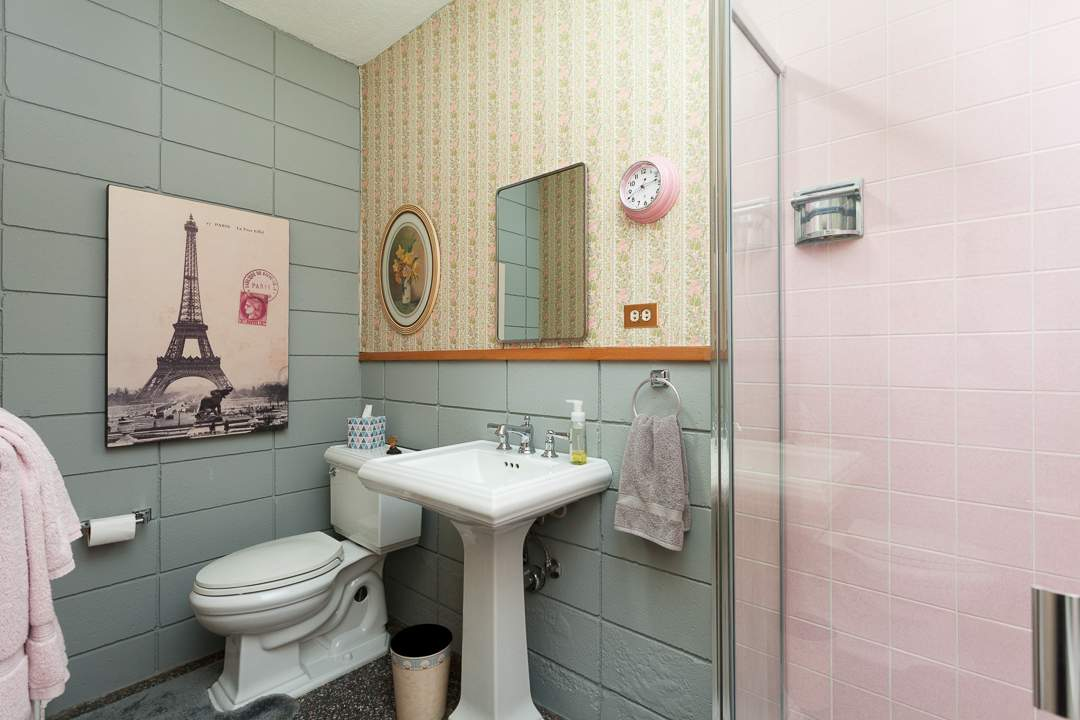 6-gateview-765-ca-albany-hill-bathrooms-5