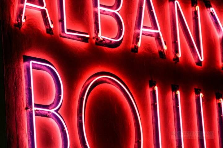 albany-ca-albany-bowl-deco-neon-540-san-pablo-avenue-1.jpg