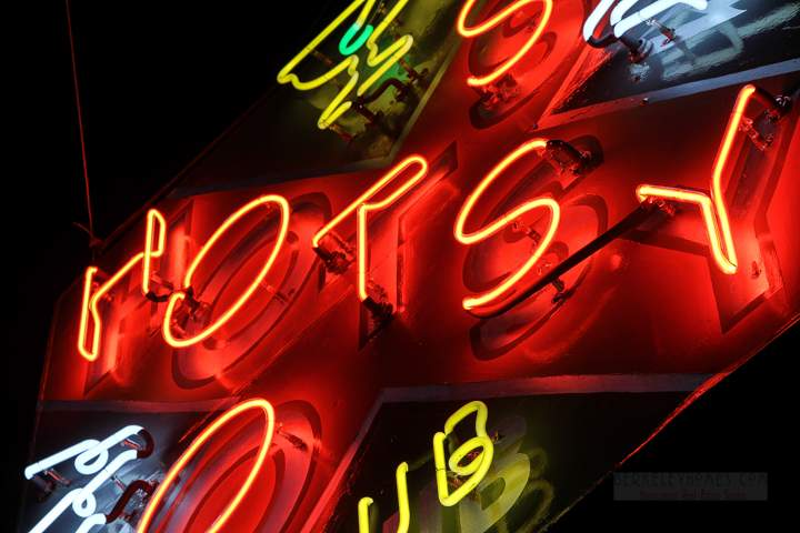 neon-ca-albany-hotsy-totsy-club-601-san-pablo-avenue-1