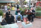 berkeley-ca-fourth-street-people-performers