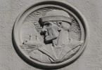 berkeley-ca-downtown-veterans-memorial-building-1931-center-bas-relief-murals-3-2