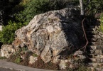 berkeley-ca-thousand-1000-oaks-neighborhood-rocks-steps