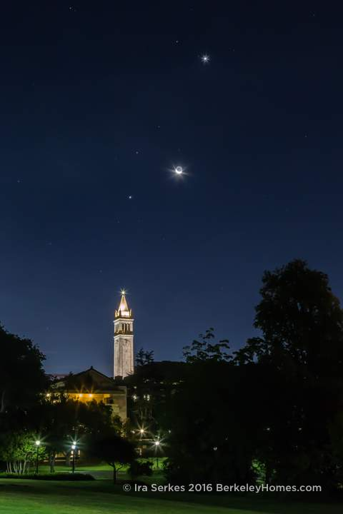 2015-10-09-moon-crescent-planets-venus-jupiter-mars-sather-tower-campanile-uc-berkeley-v-indigo-1-3