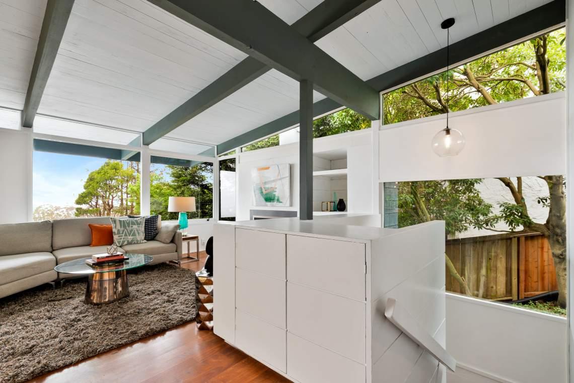 2-contra-costa-1121-el-cerrito-hills-living-room-kitchen-02