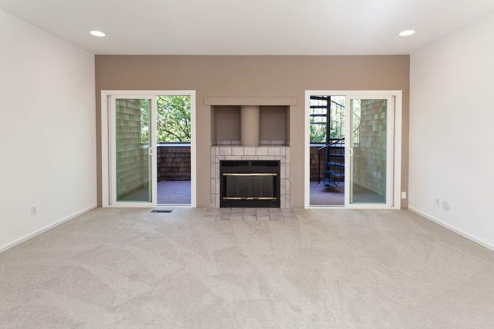 2-hearst-1527-kitchen-living-room-5