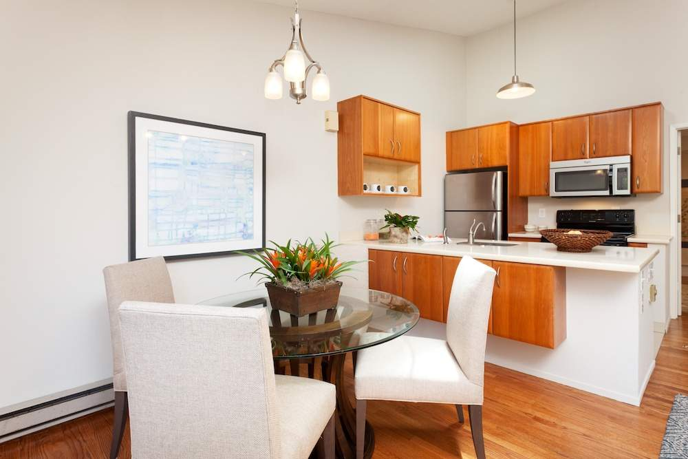 1-jackson-627-b-albany-hill-living-dining-kitchen-4