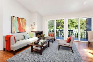 Just Listed! Sweet 2 level condo nestled up against Albany Hill park near walking trail