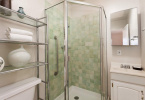 5-jackson-627-b-albany-hill-bathrooms-3