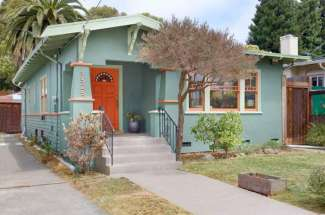 A Comfortable Berkeley Bungalow on a Wonderful Tree Lined Street