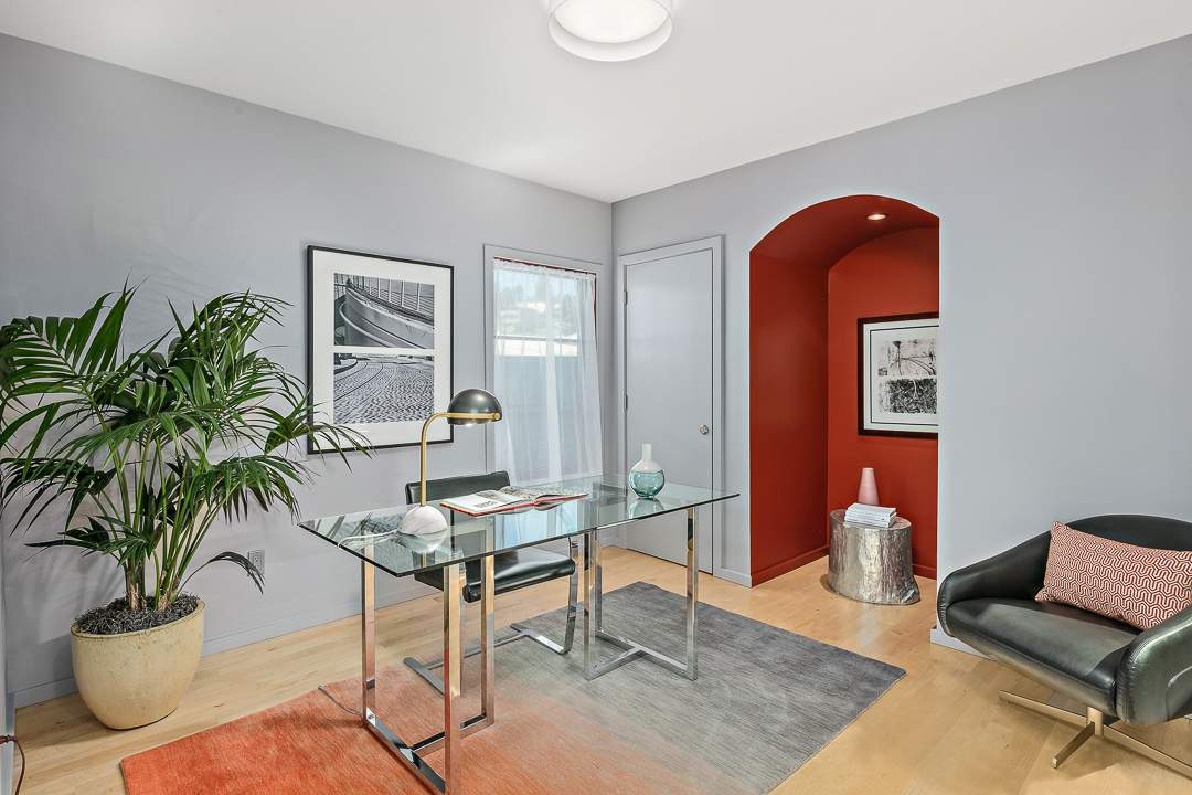 2-peralta-706-berkeley-living-dining-kitchen-family-10