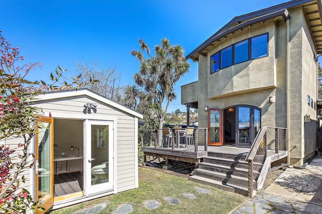 5-peralta-706-berkeley-thousand-oaks-neighborhood-exterior-rear-cottage-2