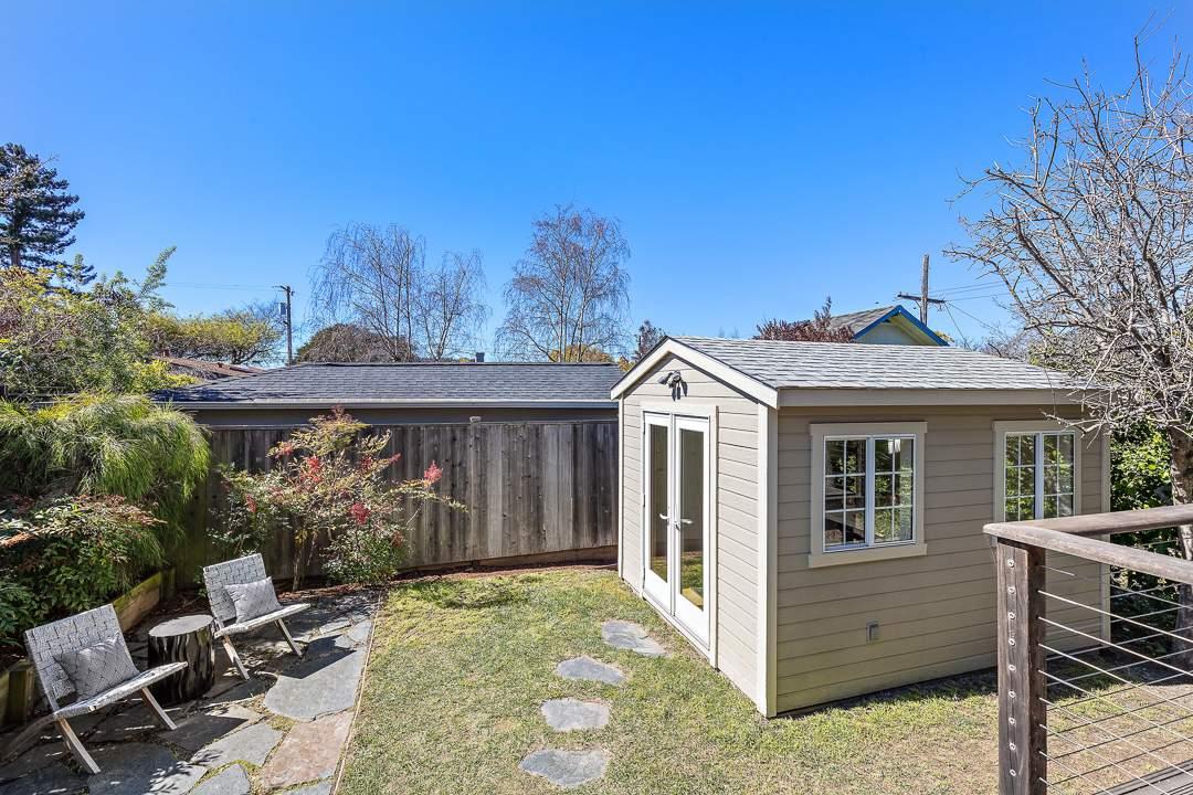 5-peralta-706-berkeley-thousand-oaks-neighborhood-exterior-rear-cottage-6