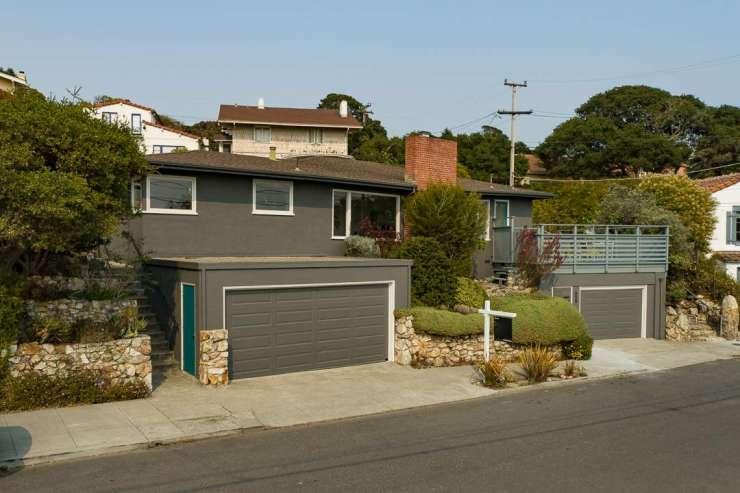 659 Santa Rosa Avenue in Berkeley's Thousand Oaks Neighborhood