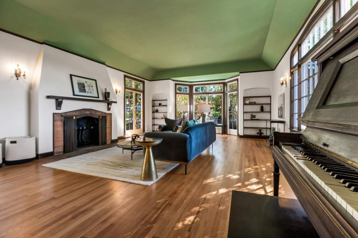 2-vincente-510-thousand-oaks-berkeley-living-dining-room-3