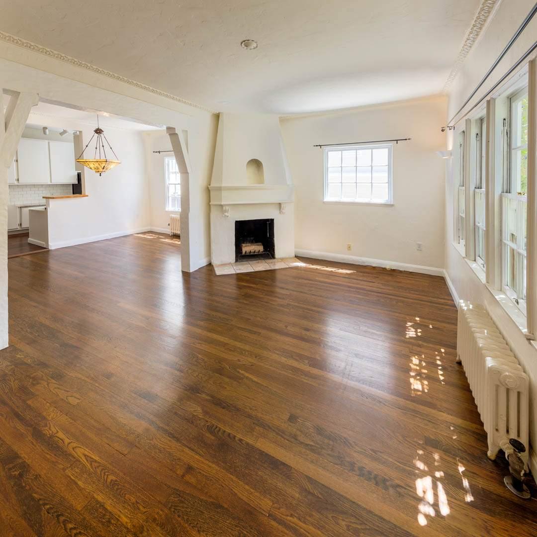 2-berkeley-california-berkeley-hills-virginia-2371-unit-2-living-room-02