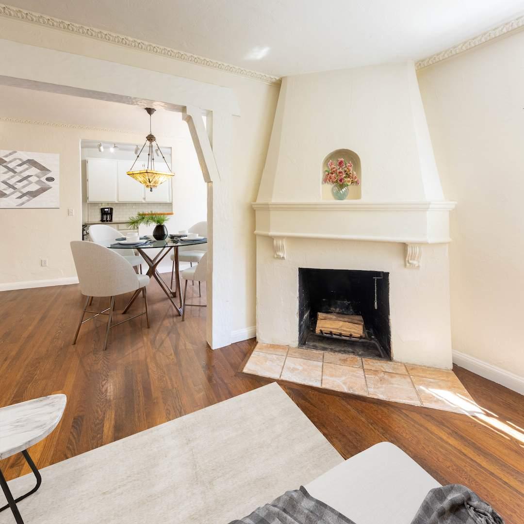 2-berkeley-california-berkeley-hills-virginia-2371-unit-2-living-room-05