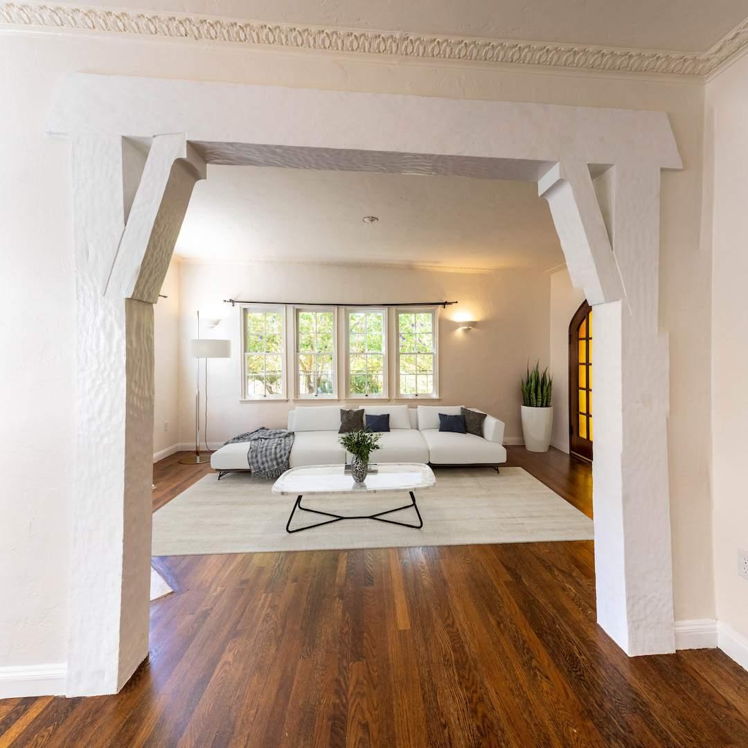 2-berkeley-california-berkeley-hills-virginia-2371-unit-2-living-room-07