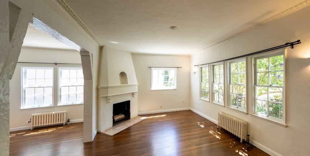 2-berkeley-california-berkeley-hills-virginia-2371-unit-2-living-room-10