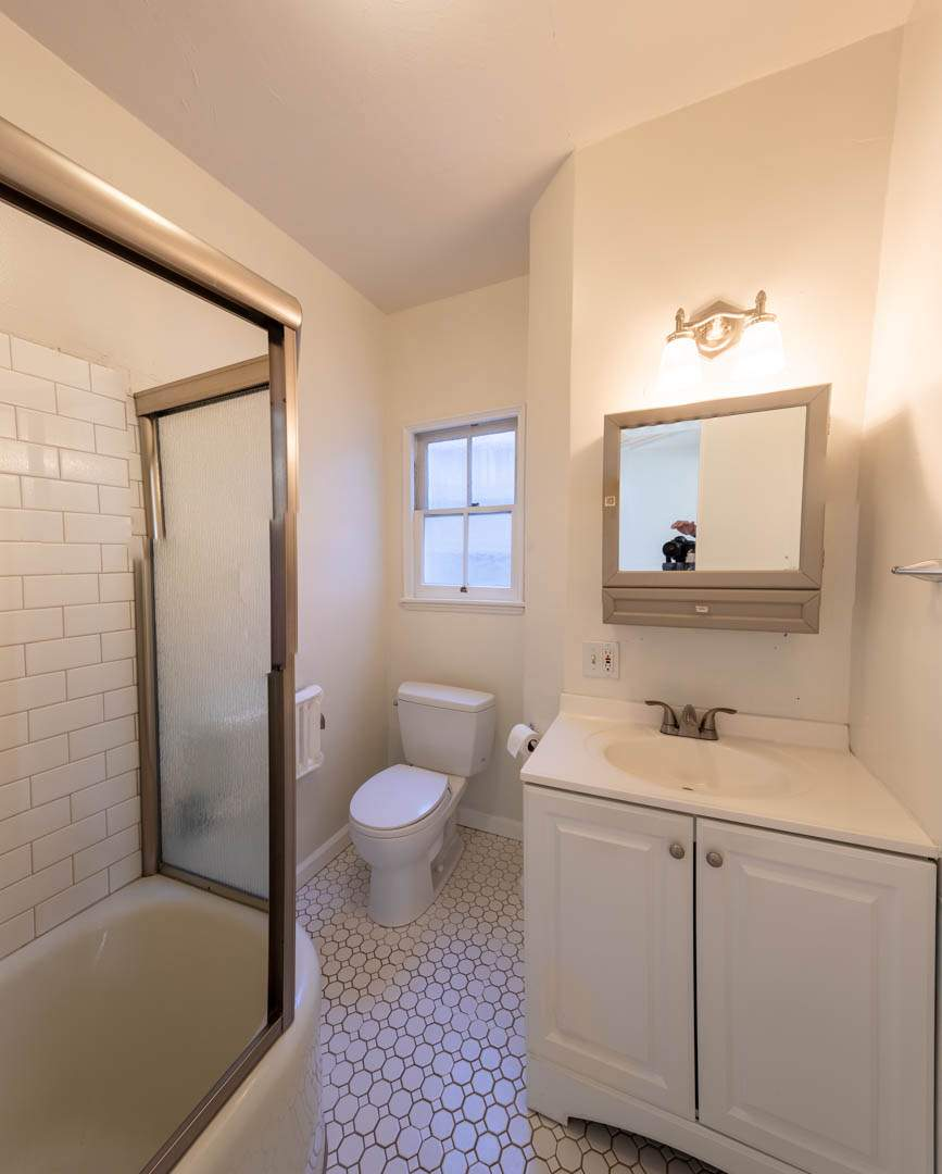 4-berkeley-california-berkeley-hills-virginia-2371-unit-2-bedroom-bath-05