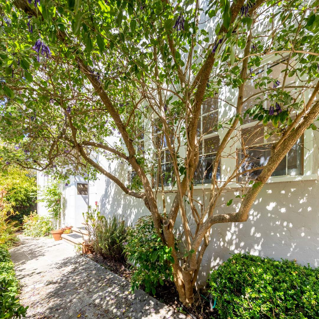 6-berkeley-california-berkeley-hills-virginia-2371-unit-2-stairs-exterior-rear-02