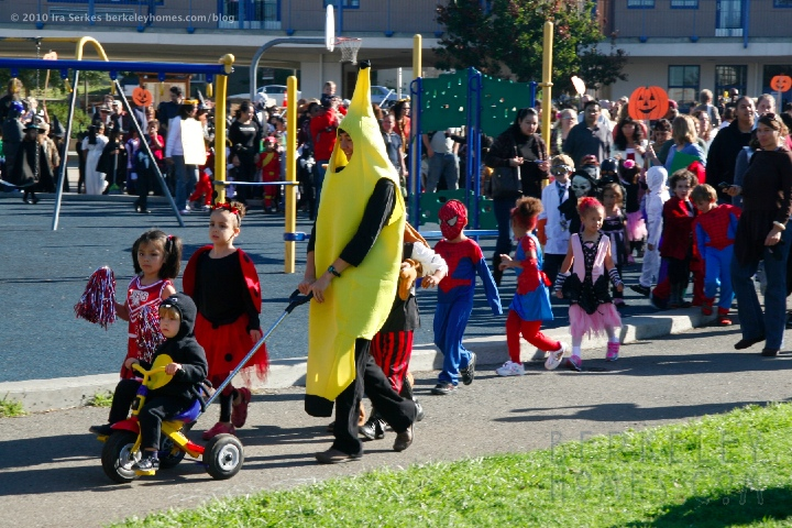 berkeley-ca-1000-oaks-solano-halloween-thousand-oaks-school-parade-06