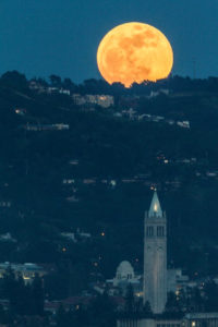 2012-05-05-moon-full-rise-sather-tower-campanile-uc-berkeley-1-s-2