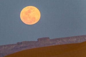 morocco-desert-moon-1