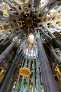 spain-barcelona-sagrada-familia-sun-shower-dome-1