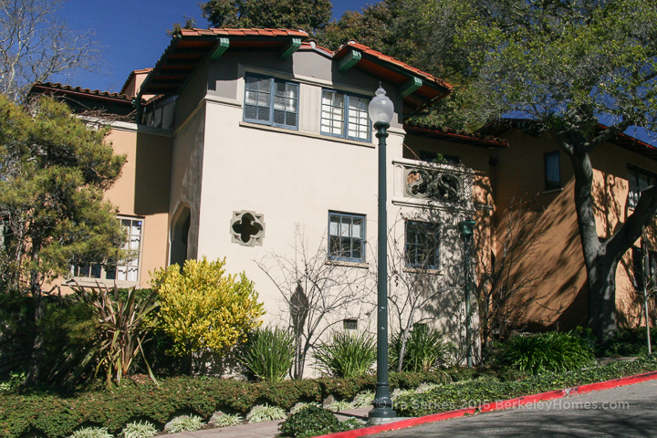 berkeley-california-berkeley-hills-maybeck-recital-studio-kennedy-nixon-house-1537-euclid-buena-vista-way-1