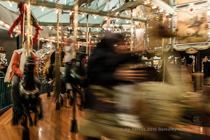 park-berkeley-california-berkeley-hills-tilden-park-herschell-spillman-merry-go-round-carousel-people-movement-1