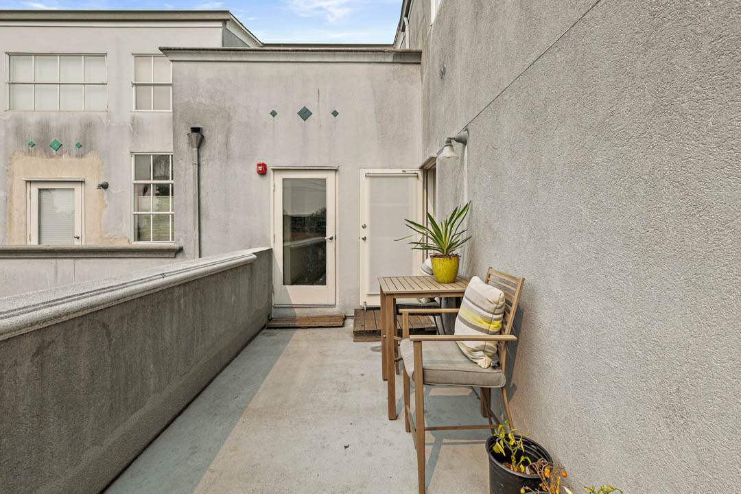 9 Berkeley West Berkeley 4th Street 9th 2714 Unit 4 Live Work Loft Exterior 11